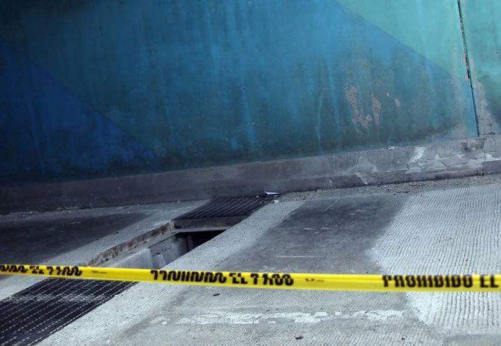 Hace unos días se atendió una queja de los vecinos sobre la tapa de la alcantarilla. (Luis Soto/SIPSE)