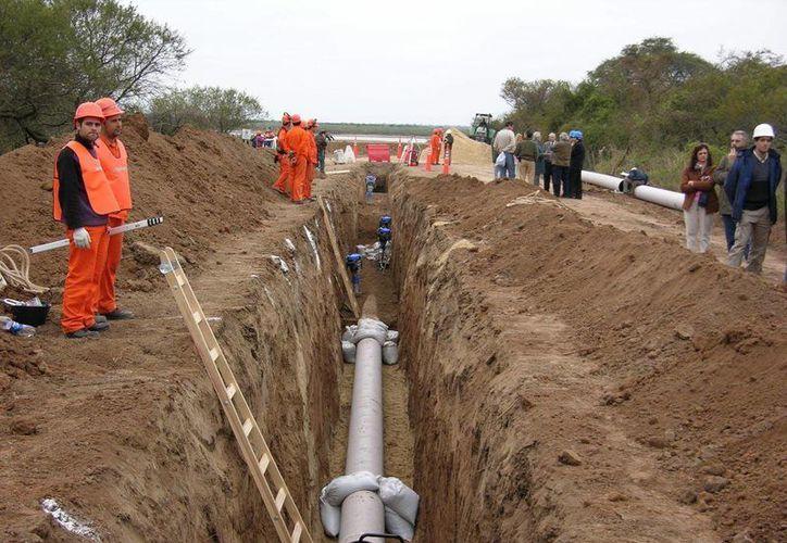 El primer proyecto fue de la empresa Gas Natural Industrial y fue rechazado en su tiempo. (contexto/Internet)