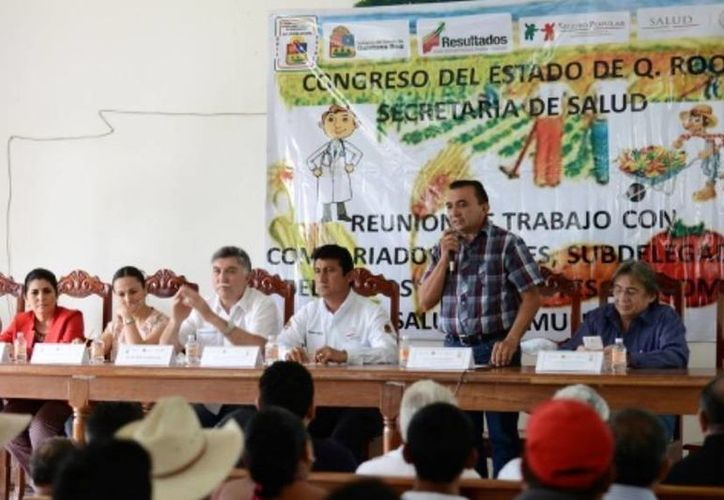 Al evento asistieron legisladores, autoridades estatales y municipales. (Cortesía/SIPSE)