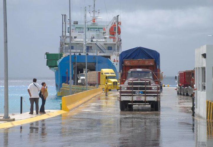 El aumento en la tarifa no aplica para vehículos familiares, Plan Cozumel y Plan Quintana Roo. (Gustavo Villegas/SIPSE)