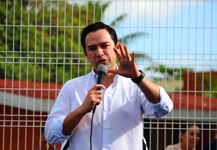 José Luis Toledo Medina  anunció que participará en los próximos comicios aunque pudiera abandonar al PRI. (Foto: Daniel Pacheco/SIPSE)