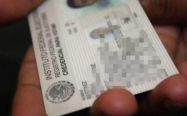 El INE prepara las disposiciones para que los mexicanos que viven en otros países puedan emitir sus votos. (Archivo/SIPSE)