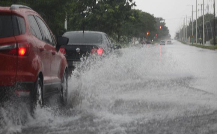Las precipitaciones pluviales iniciaron alrededor de las 7:00 de la mañana. (Carlos Horta/ SIPSE)