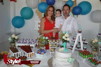 Festejan cumpleaños a Juan Pablo