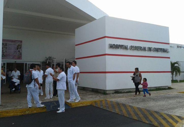 Por el salario y la distancia, los médicos generales no aceptan las plazas ubicadas en las comunidades rurales. (Harold Alcocer/SIPSE)