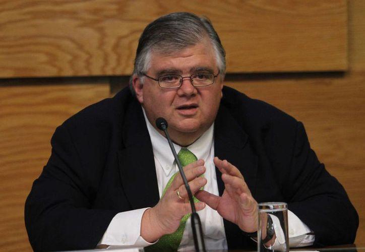 Agustín Carstens, gobernador de Banxico, presentó el informe trimestral julio-septiembre acerca del crecimiento económico de México. (Notimex)