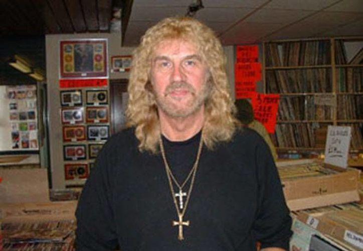 Geoff Nicholls, extecladista de Black Sabbath, batalló contra el cáncer de pulmón en los últimos años.(Foto tomada de Twitter/Ozzy Osbourne)