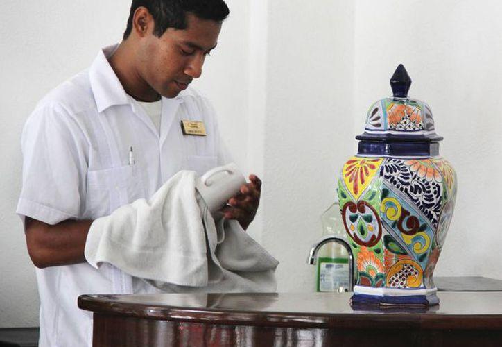 Este año, los centros de hospedaje de la Riviera Maya han comenzado a contratar personal desde noviembre, para garantizar que, durante la temporada alta, en diciembre, el servicio sea de calidad. (Redacción/SIPSE)