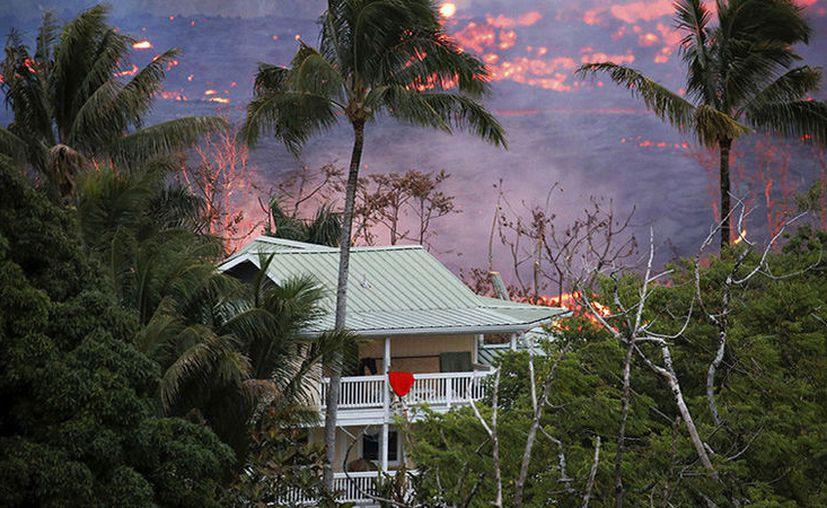El hombre estaba en el balcón de su casa, situada en la calle Noni Farms Road. (Reuters)