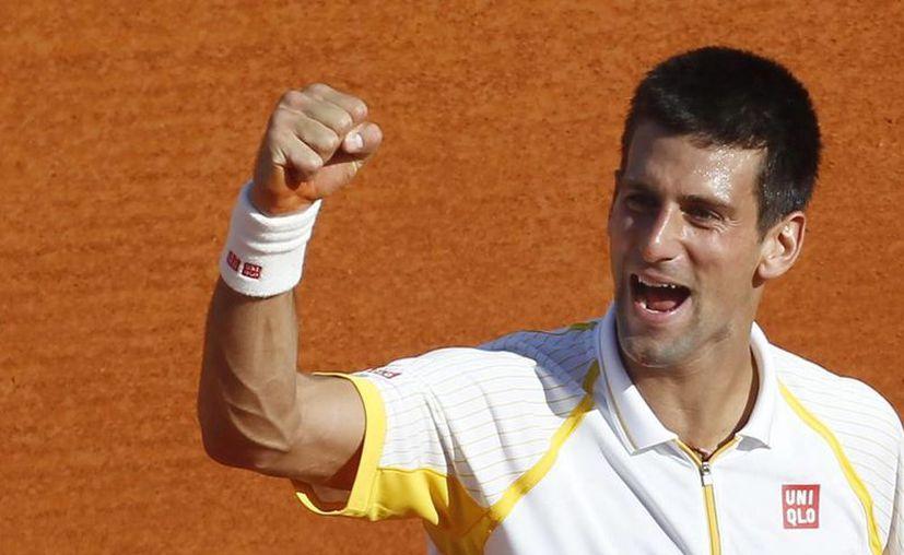 El serbio Novak Djokovic se mantiene firma en el ranking de la ATP. (Archivo)