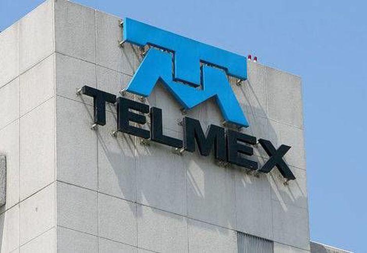 Telmex tendrá concesión por 30 años más. (Milenio)