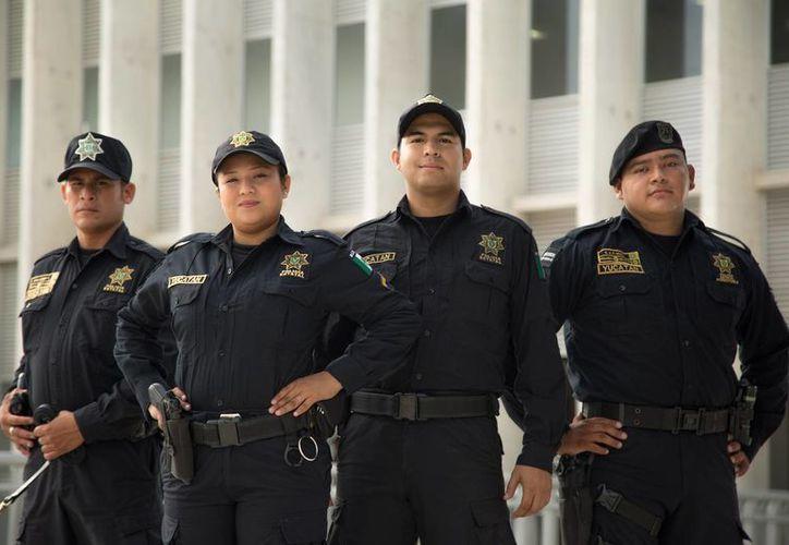 Imagen de la campaña 'Cuida a quien te cuida', propuesta por el sector empresarial yucateco. (cuidaaquientecuida.com)