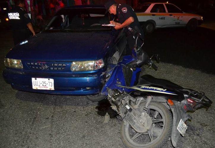 El conductor fue detenido por daños y lesiones. (Redacción/SIPSE)