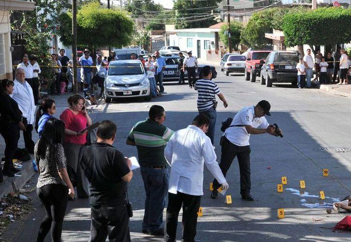 Sandra Luz Hernández, muerta a balazos el pasado 12 de marzo, buscaba a su hijo, quien había desaparecido en 2012. (AP)