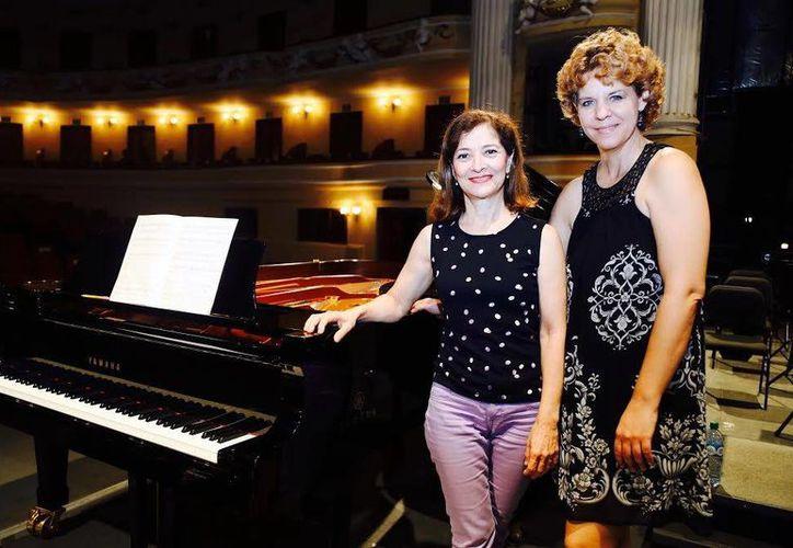 Las pianistas María Elí Sosa Cáceres y Zuleika Díaz se presentaran este fin de semana con el 'Concierto para dos pianos'. (Milenio Novedades)