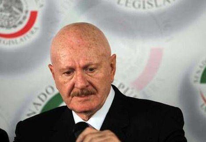Manuel Mondragón y Kalb recibió elogios de senadores del PRI y del PAN. (Notimex)