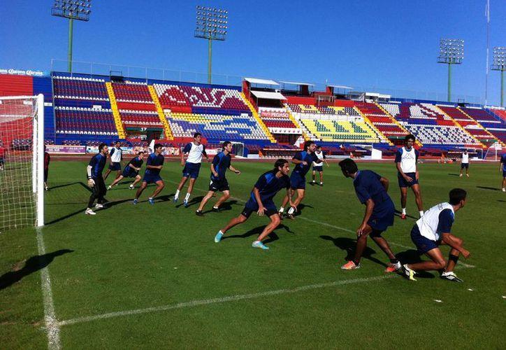 Atlante entrena para enfrentar a Querétaro. (Redacción/SIPSE)