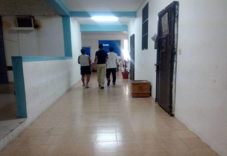 El joven fue llevado a declarar en la Mesa Especializada para Adolescentes. (Eric Galindo/SIPSE)