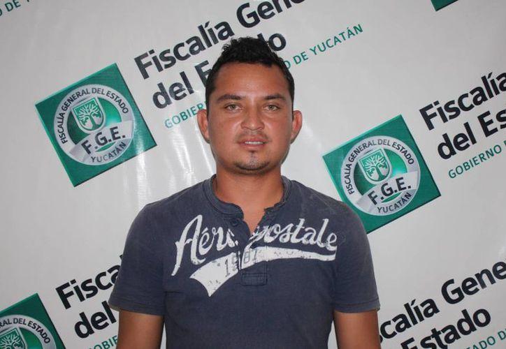Amir se quedó con joyas, 85 mil pesos en efectivo y documentos de un vehículo. (Cortesía)