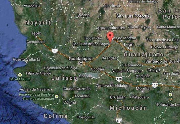En el accidente en Lagos de Moreno, Jalisco, fallecieron Aglay García Martínez, de 29 años; y José Cruz García. (Google Maps)