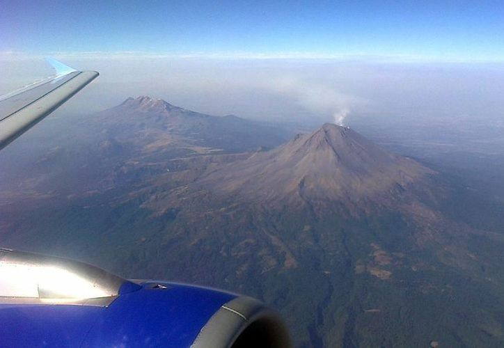 El Nivel de Alerta Volcánica se mantiene en Amarillo Fase 2. (Notimex)