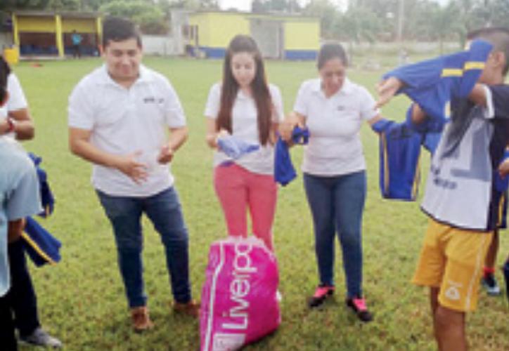 Los jóvenes futbolistas de las comunidades rurales están listos para demostrar su calidad desde el arranque. (Miguel Maldonado/SIPSE)