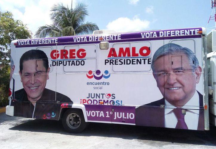 Greg Sánchez utiliza la imagen de AMLO sin su autorización. (Foto: SIPSE)