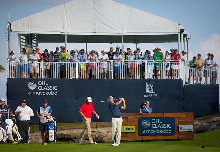 Los golfistas mexicanos buscan quedar entre las primeras posiciones en Torneo OHL Classic Mayakobá de la PGA Tour. (Foto/Internet)