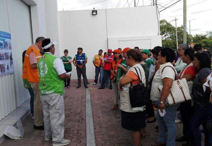 Capacitaron a 60 voluntarios en primeros auxilios. (Miguel Ángel Ortiz/SIPSE)