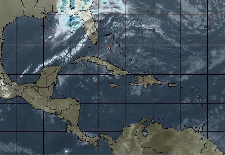 Para hoy se espera cielo mayormente nublado, la probabilidad de lluvias es del 10 por ciento en Chetumal. (Intellicast)
