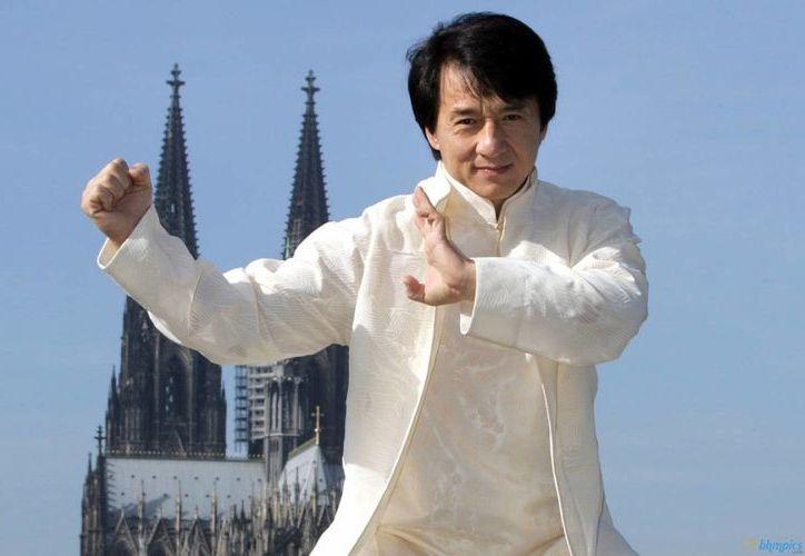 Para Jackie Chan el cambio más importante que ha notado en el cine en los últimos 50 años es el paso de usar filme de 35 milímetros a la tecnología digital e incluso la filmación en 3D. (dramafever.com)