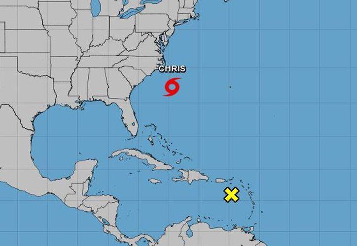 Se espera que el sistema permanezca casi estacionario en las próximas 24 horas. (NOAA)