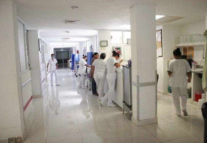 Durante las vacaciones se harán guardias establecidas en las áreas de urgencias y hospitalización. (Harold Alcocer/SIPSE)