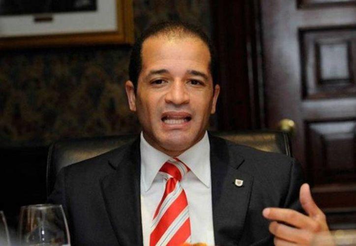 Imagen del alcalde de Santo Domingo Este, Juan de los Santos, quien fue asesinado. (twitter/@PeriodicoHoy)