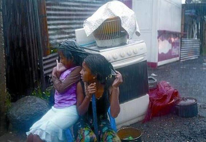 El matrimonio con niñas de 14 años estaba permitido en Guatemala debido a las costumbres lo que ha acarreado problemas como la explotación sexual y la violación. A partir de este jueves esta ley quedó anulada en el país centroamericano por recomendación de la Unicef. (Foto de contexto/ AP)