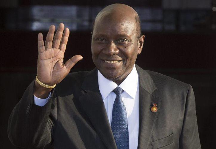 El primer ministro de Costa de Marfil, Daniel Kablan Duncan, renunció luego que el presidente, Alassane Ouattara, revalidó su segundo mandato al frente del país. (EFE/Archivo)