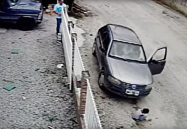 Los hechos sucedieron en Brasil y el video le ha dado la vuelta al mundo. (Foto: Captura de pantalla).