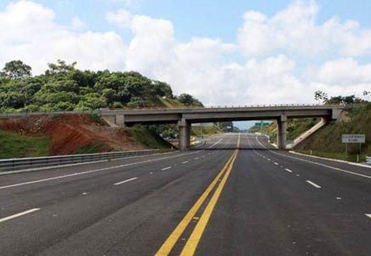 Cerca de las 13:50 horas de este jueves se reportaron los bloqueos en el Kilómetro 143 en la carretera Siglo XXI. (Contexto/Internet).