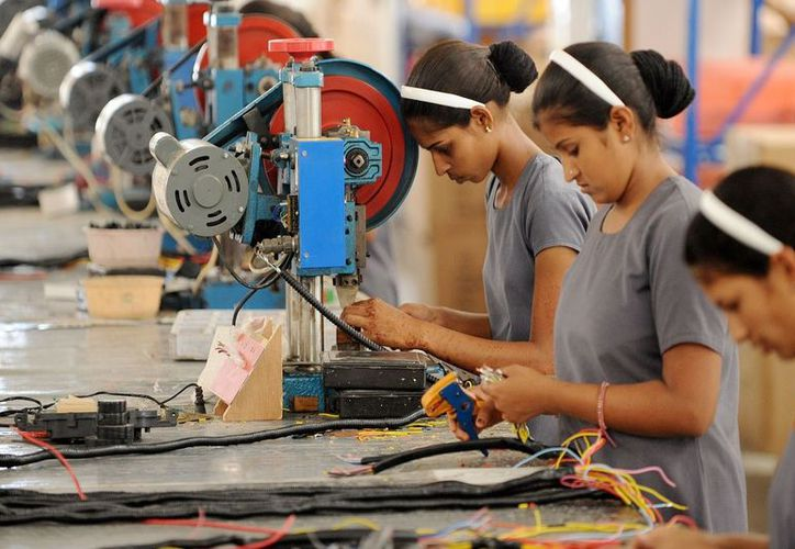 Los patrones que impidan a sus trabajadores ir a votar, podrían recibir una sanción de 50 a mil 500 salarios mínimos. (Foto: Arena Pública)