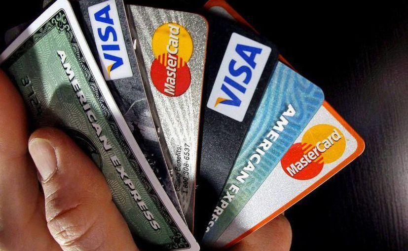 Usuarios de la banca detectan que no les fueron aplicadas las promociones o que les cobraron doble. (SIPSE)