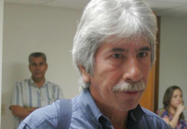 Julio Cesar Lara Martínez, presidente del comité estatal del PRD. (Harold Alcocer/SIPSE)