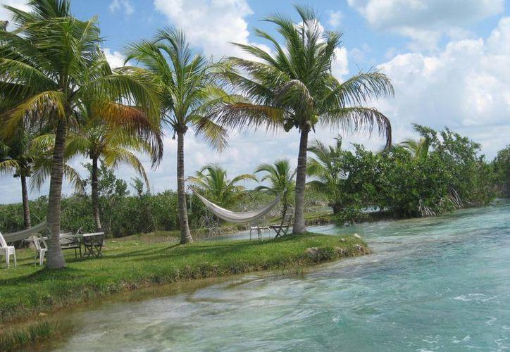 El temor de alteración al ecosistema de la laguna dividió opiniones entre ambos sectores. (Javier Ortiz/SIPSE)