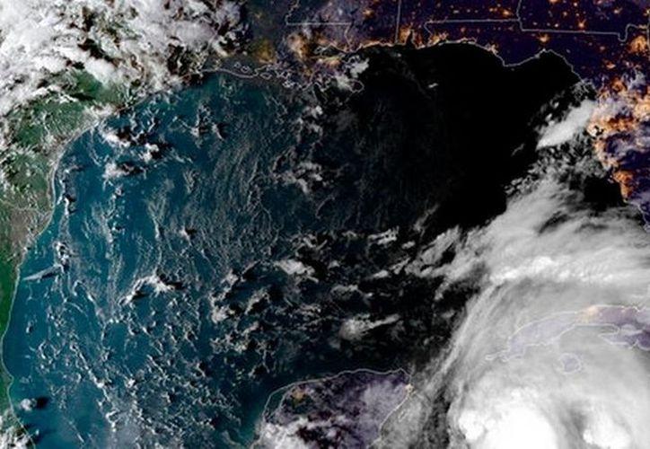 Esta tarde se decretó emergencia en Alabama por la inminente llegada del huracán Michael a la costa de Estados Unidos. (NOOA)