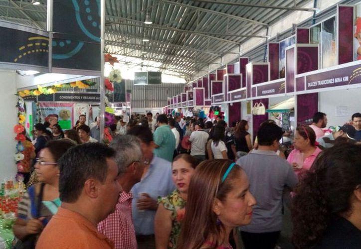 La Semana de Yucatán en México, un escaparate que busca promover productos y servicios yucatecos en la Cdmx, se realizará del 19 al 28 de mayo,  en el Palacio de los Deportes. (Archivo)