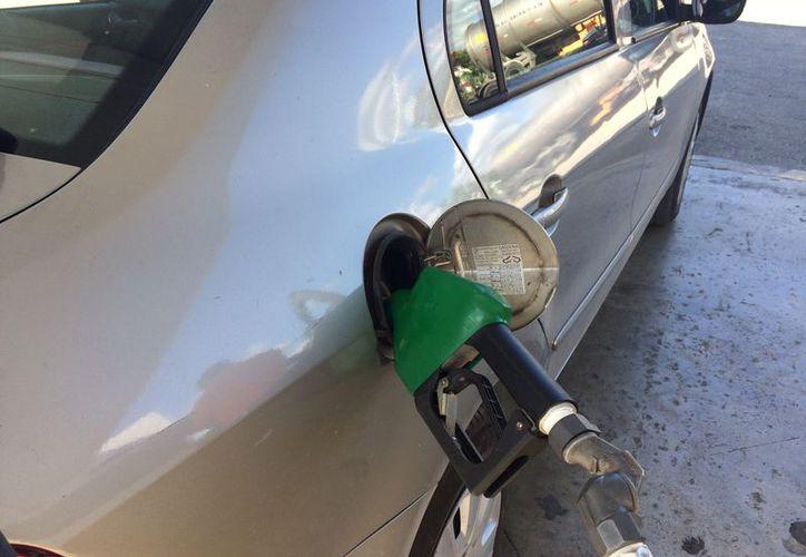 Amparo por gasolinazo no tuvo resultados iniciales esperados, pero finalmente alcanzó a beneficiar a 800 personas. (Adrián Barreto/SIPSE)