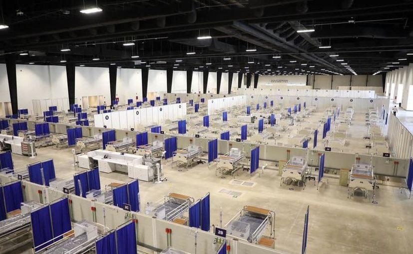 """El Centro de Convenciones y Exposiciones Yucatán """"Siglo XXI"""" fue acondicionado como hospital temporal para atender a pacientes con coronavirus."""