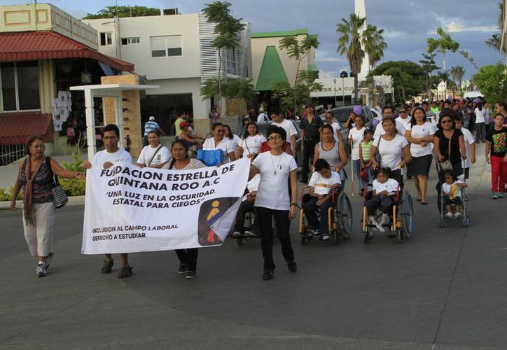El reglamento pretende determinar   el porcentaje de personas con discapacidad que debe tener una oficina. (Ángel Castilla/SIPSE)