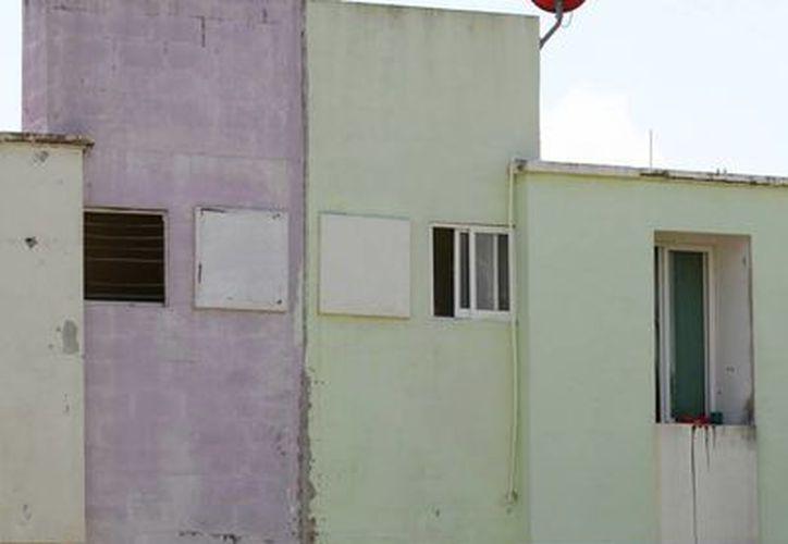 Se les permite construir viviendas en extremo pequeñas y algunas de ellas, se dividen en dos para ser rentadas a familias completas. (Adrián Monroy/SIPSE)
