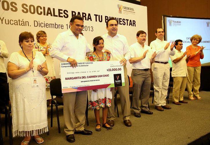 Rolando Zapata señaló que se implementa una política social para la creación de fuentes de trabajo para personas con discapacidad. (Milenio Novedades)