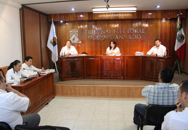 Los magistrados resolvieron el expediente promovido por el PRI y el ciudadano Alfaro Yam Canul, actual regidor del ayuntamiento. (Joel Zamora/SIPSE)